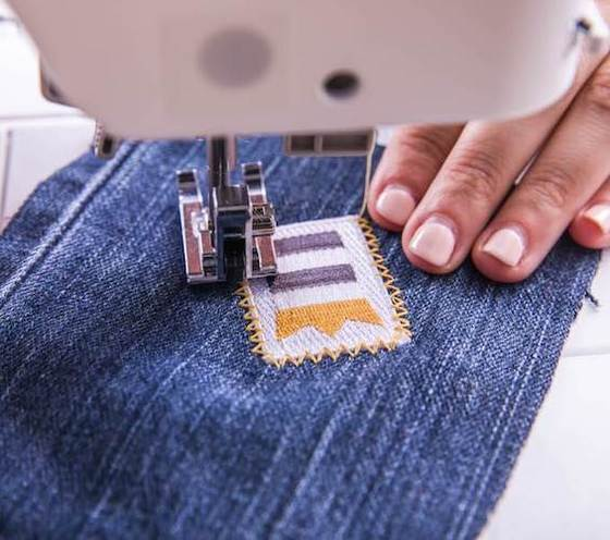 40 Best Sewing Machines Dec 40 BestReviews Fascinating Brother Sewing Machine For Denim